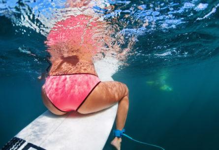 Le surf quand il fait chaud - IStock