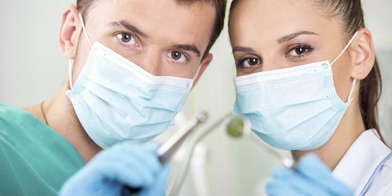 Dentiste (iStock)