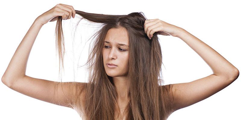 Cheveux secs (iStock)