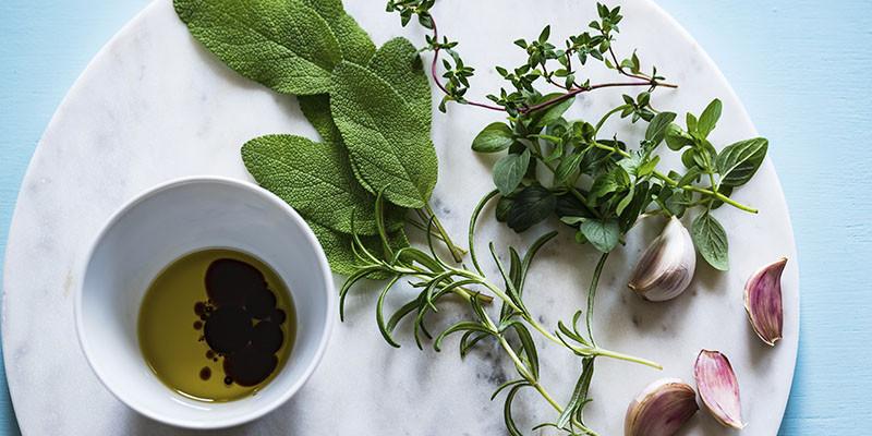 Herbes aromatiques (Unsplash)