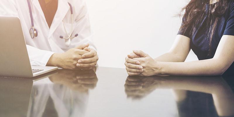 Entretien préalable avec un médecin (iStock)